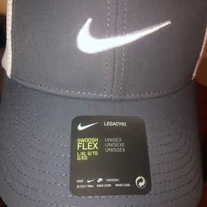 Brand new Nike Golf Hat -